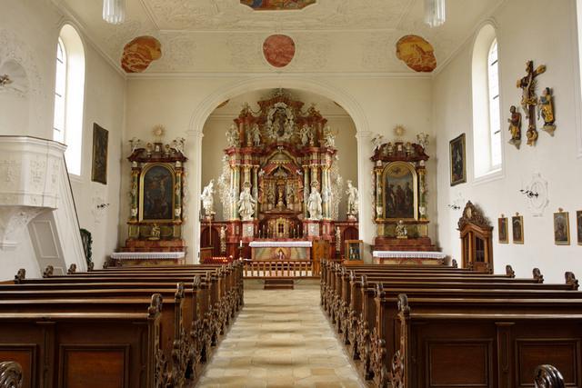 Mittelgang der Frauenbergkirche, Foto: Thomas Stephan